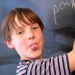8 ARTICOLI PER CAPIRE BENE COME AFFRONTARE L'ADHD A SCUOLA.